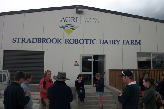 Robotic dairy farm