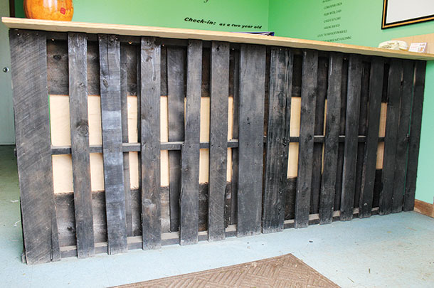 pallets to make the front desk