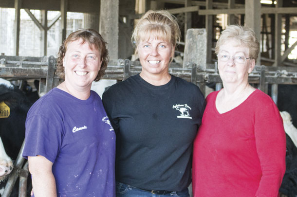 Sisters Cammie Surtis and Cherly Carson with mom Joyce Larabee