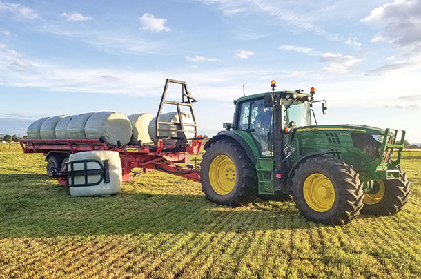 Anderson Groups's self-loading wrapped silage bale mover