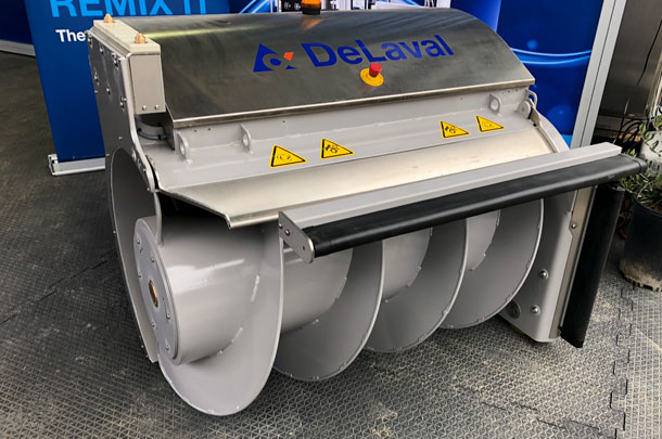 DeLaval's OptiDuo automated feed push-up robot