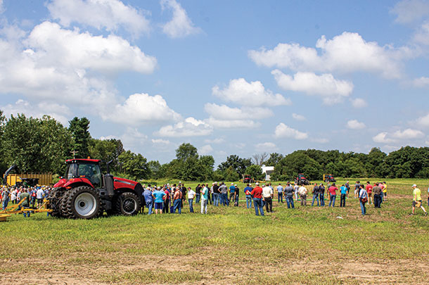 People lined up to see the liquid manure application demonstrations.